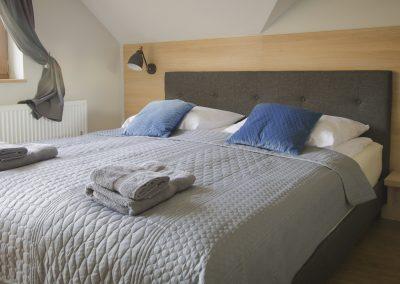 Pokój dwuosobowy z łóżkiem typu king size